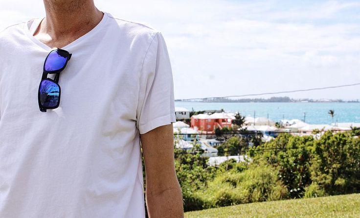 Shades of Bermuda !! #oakley #bermudasunglasses #bermuda #buybermuda #wearebermuda #gotobermuda #mirroredlenses #sunglassandwatchshop by sunglassandwatchshop