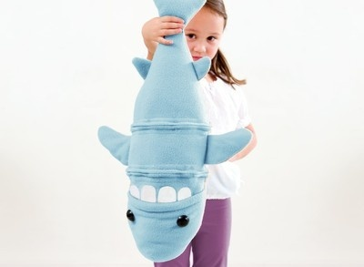 clump o lump toys! these are awesome--a set of 5 stuffed animals that can be mixed and matched via zipper. @Rebecca Silbermann, I'm very tempted to get these as late birthday gifts for your kids--thoughts?