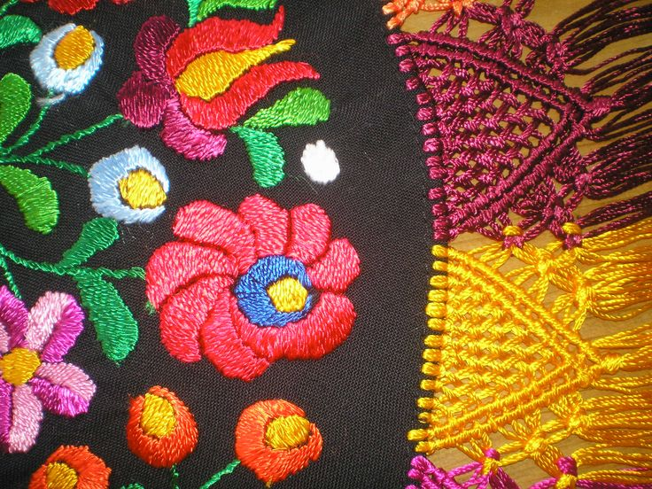 A beautiful matyó embroidery no. 3. :)