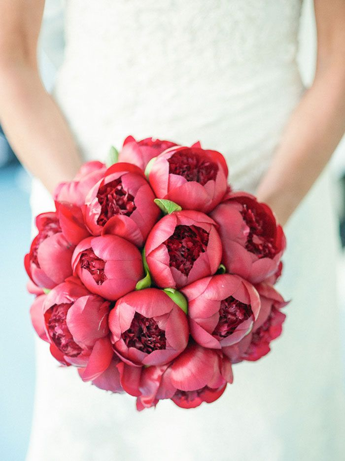 I saw an article the other day that was all 'every single wedding these days has peonies, boring, snark blah blah' and I laughed, because in South Africa we wish we had that problem. Pe…
