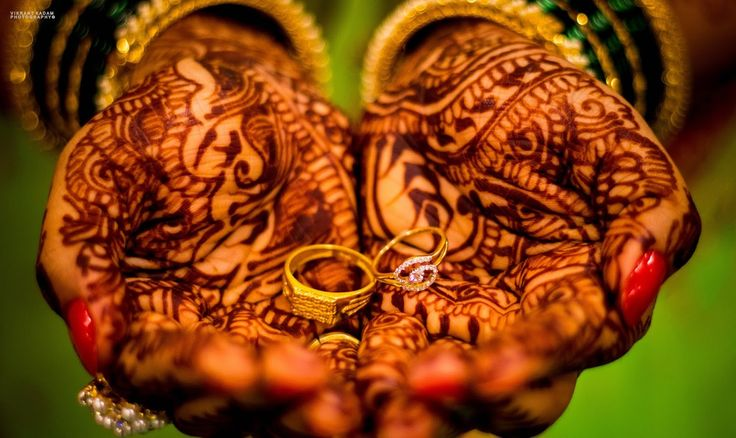 "✨Photo  from Vikrant Kadam ""Janhavi & Sameer"" album  #weddingnet #wedding #india #indian #indianwedding #weddingdresses #mehendi #ceremony #realwedding #lehenga #lehengacholi #choli #lehengawedding #lehengasaree #saree #bridalsaree #weddingsaree #photoshoot #photoset #photographer #photography #inspiration #planner #organisation #details #sweet #cute #gorgeous #fabulous #henna #mehndi"