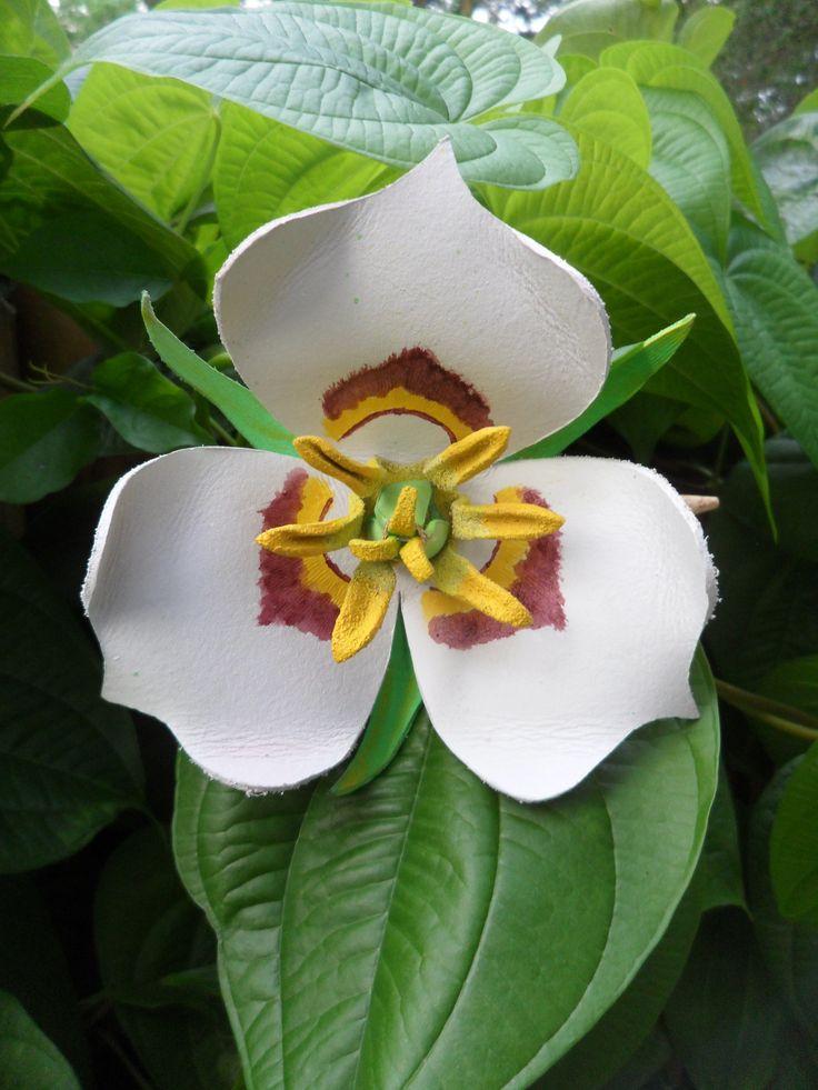 """Utah State Flower """"Sega Lilly"""" Hair Slide"""
