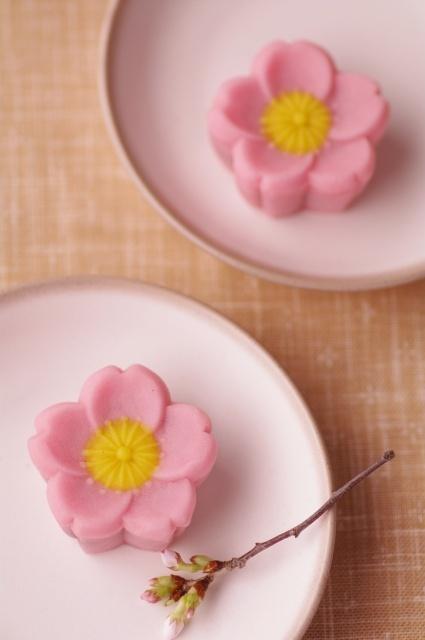 Sakura-shaped Wagashi ♥ Dessert