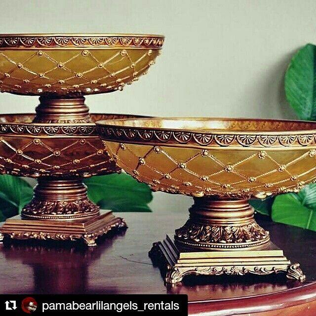 Resin Vintage Vasses Rent only! No decorations RM25 each Available 13pcs Min rentals 5pcs Watsapp Nurul 0123246465