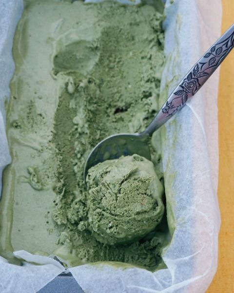 Matcha Coconut vegan raw ice cream with mint chocolate chunks. Get your matcha here: https://www.amazon.com/dp/B00XSAJXVQ/