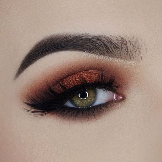 @anastasiabeverlyhills Modern Renaissance Palette (Burnt Orange, Red Ochre, Realgar, Cyprus Umber), Eyeshadow Single in Noir, @tarte cosmetics Tarteist Metallic Shadow in Scandal, Tarteist Double Take Eyeliner, @lapaigetrends Lashes in style Amethyst