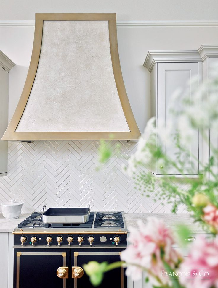 The Cinto - Modern Kitchen Range Hood | Francois and Co.