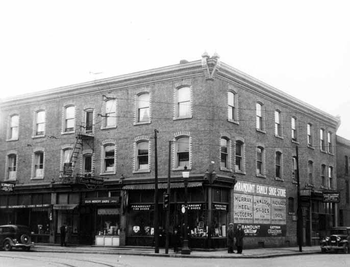 """TITLE Johnson Washburn Block, The National Building, 31 Cedar St, Sudbury, circa 1895. -- SOURCE Main Branch. SOURCE Photograph (8"""" x 10""""). DATE 1895. DATE 1895. SUBJECT Sudbury -- Streets -- Cedar. SUBJECT Sudbury -- Buildings. NOTE City of Greater Sudbury Heritage Museums Collection. NOTE Donated by Sudbury District Historical Society. NOTE SPL 078. NUMBER MK0164EN."""