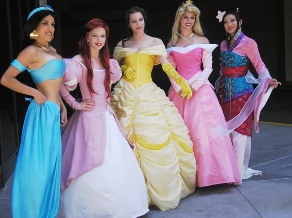 Princess Aurora Cosplay Google Search Once Upon A Time Pinte