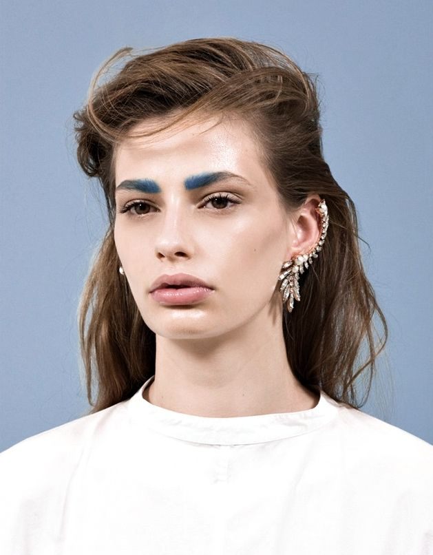 blue brows!