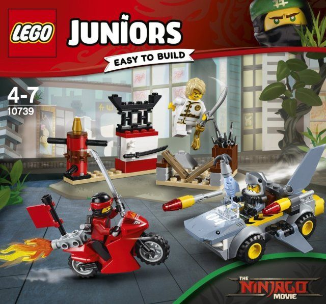 LEGO Juniors 10739 Shark Attack