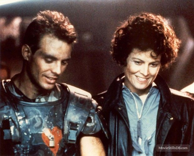 Aliens (1986) Michael Biehn and Sigourney Weaver