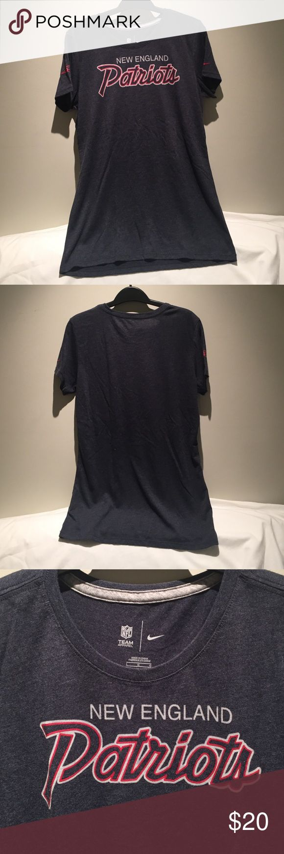 Nike Patriots ladies t-shirt This shirt has been worn and washed once. Authentic Nike NFL team apparel. Nike Tops Tees - Short Sleeve