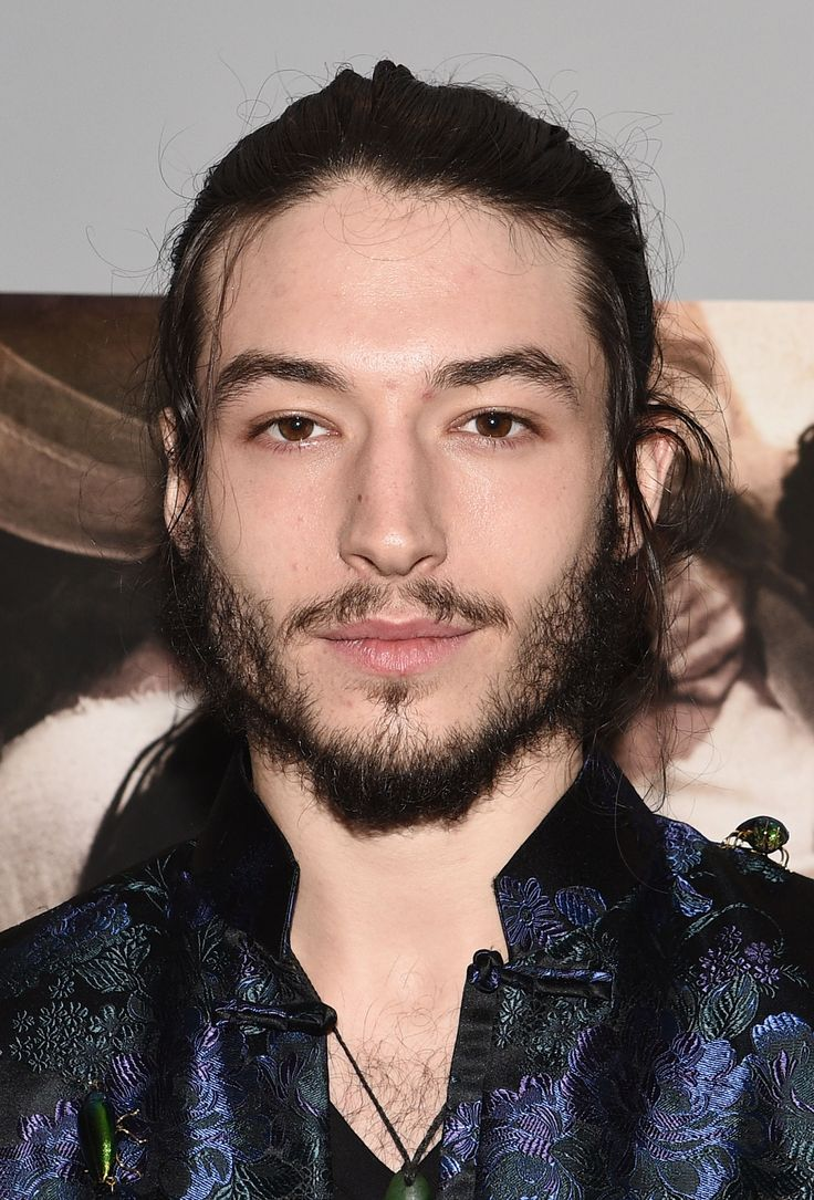 Ezra Miller Has Transformed And Is Now Unrecognizably Buff