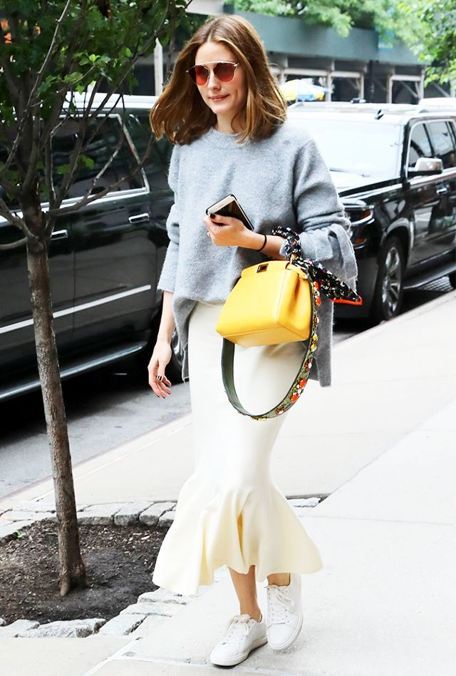 olivia palermo - fitted midi skirt with oversize sweater and sneaks
