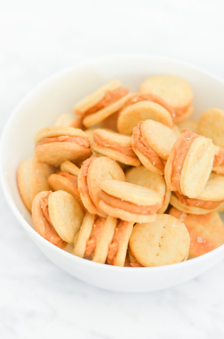 Homemade Copycat Ritz Peanut Butter Crackers Recipe | Luci's Morsels :: Los Angeles Food Blog
