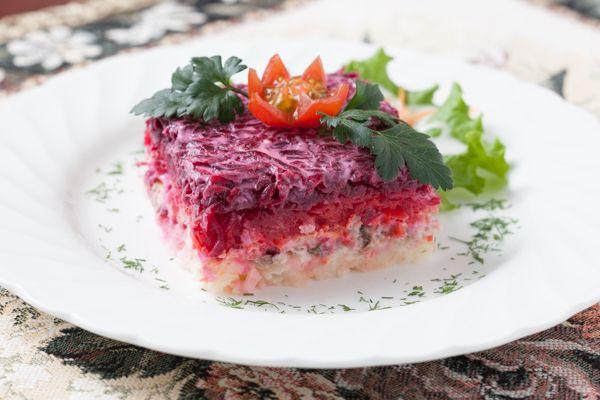 色鮮やかなベラルーシの家庭料理を堪能「ミンスクの台所」/東京で楽しむ世界の料理Vol.10│観光・旅行ガイド - ぐるたび