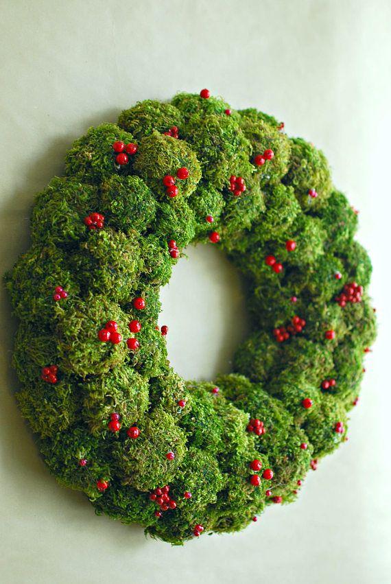 Natural Christmas wreath, Adventskranz, Moss wreath, Holiday wreath, Christmas centerpiece, Advent wreath, Berry wreath, Winter wreath