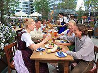 Beer garden at Munich Airport, © Flughafen München GmbH