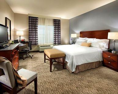 Hampton Inn Carlsbad-North San Diego County Hotel, CA - King Guestroom