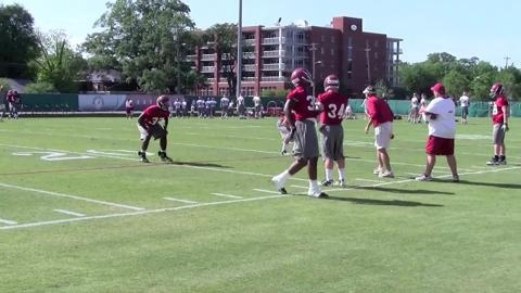Watch Kirby Smart work with Alabama's inside linebackers at the Tide's last practice before A-Day