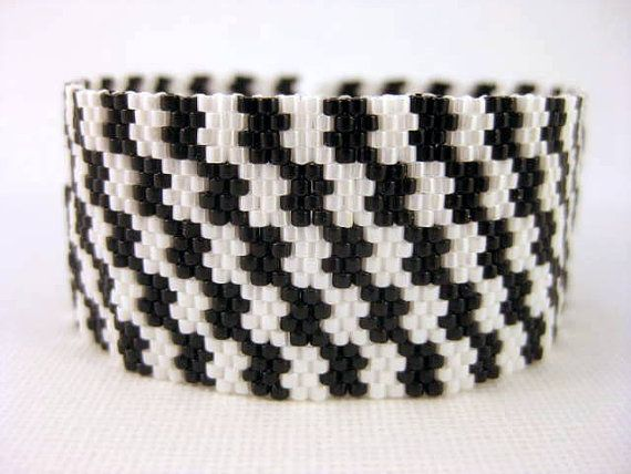 Peyote Pattern - Black and White - INSTANT DOWNLOAD PDF - Peyote Stitch Bracelet Pattern - Houndstooth Pattern - One Drop Even Peyote