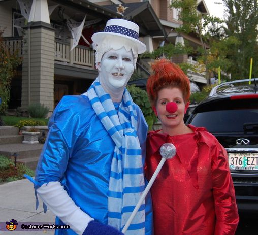 Heat Miser & Snow Miser Costume....This would just floor my kids...they think my hair looks like the Heat Miser already!