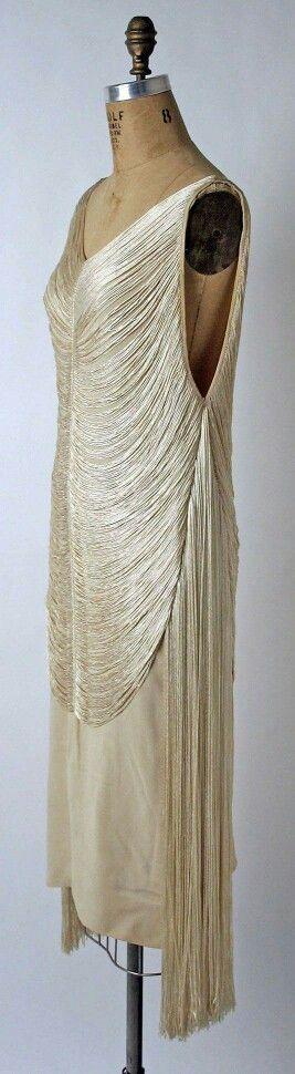 Evening dress by Madeleine Vionnet, 1925.