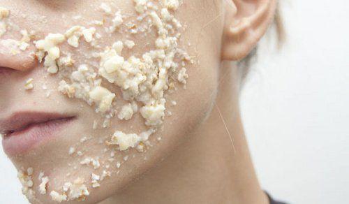 Dile adiós a las espinillas y el acné con esta mascarilla de avena y leche - Mejor con Salud