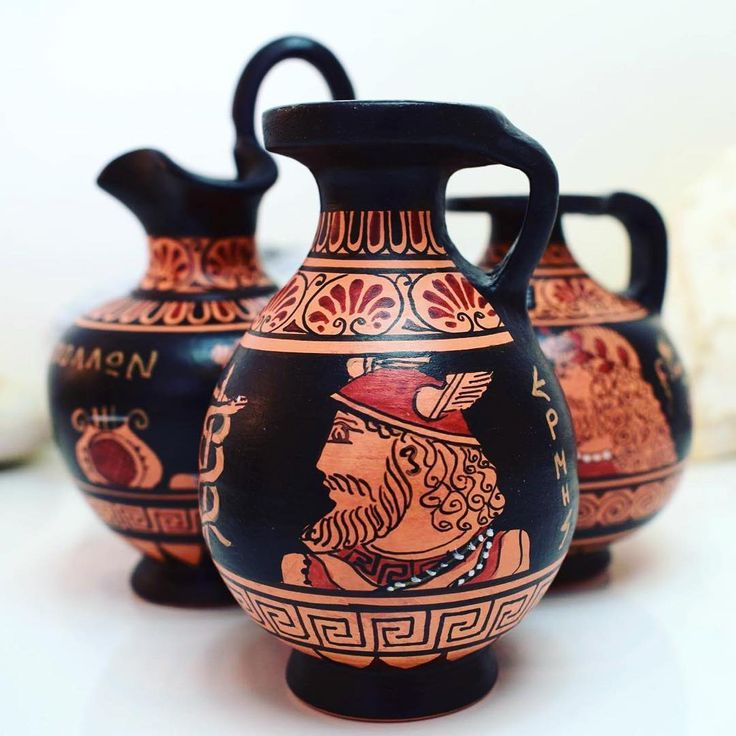 New red figure vases! Handmade! 22€ each..Make a gift or grab one and decor your home with Greek piece of art... Discover the world of ancient Greek art with wonderful handmade ceramics www.acropolisgallery.etsy.com