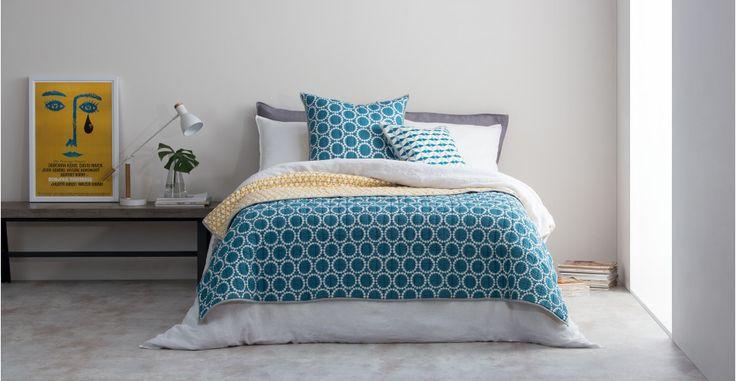 Les 25 meilleures id es concernant couvre lit bleu sur for Bleu canard et jaune