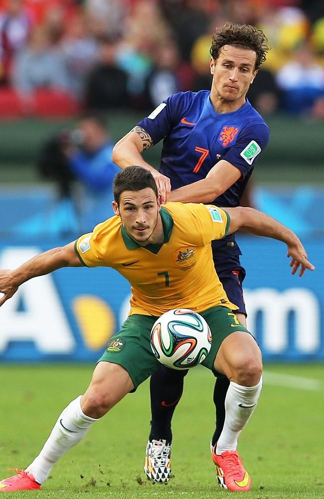 Mathew Leckie in action for the Socceroos against the Netherlands