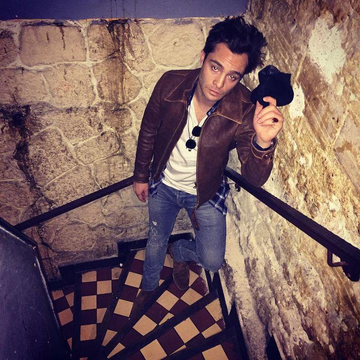 """159.6 mil Me gusta, 1,240 comentarios - Ed Westwick (@edwestwick) en Instagram: """"Stairway to heaven #paris"""""""