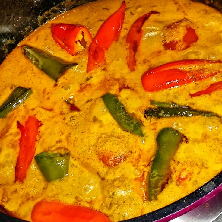 Sweet chilli peppers in tangy nutty sauce / Mirchi ka salan
