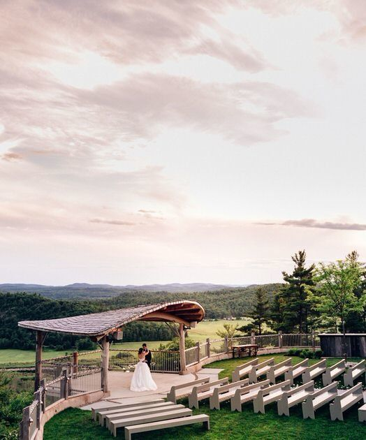 The Belvedere in Wakefield has an exceptional ceremony spot, amazing food and service and a bright reception area! Le Belvédère is definitively a top venue in the Ottawa area