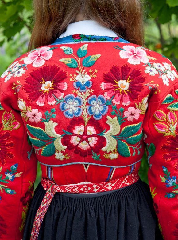 A treasured old wool sweater (tröja) with wonderful floral embroidery from Dalarna, Sweden. Photo by Laila Duran.