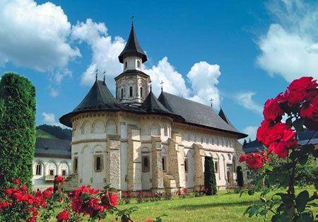 #Putna #Monastery, #Romania. #Roumanie #Bucovine #Bukovina #monastere
