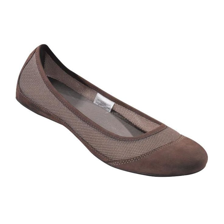 These are the best general-purpose travel shoes ever created. My arches are high. I walk for miles in these. My favorite nightlife travel shoes for humid towns with cobblestone streets. Easy peasy daytime museum-touring shoe. Versatile enough for a business meeting as well (should you have to). They come in lots of colors, including black. Patagonia Women\'s Maha Breathe - Sable Brown SBN-782