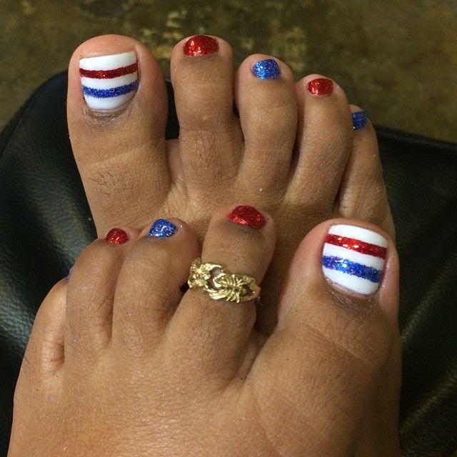 4th of July gel pedicure!