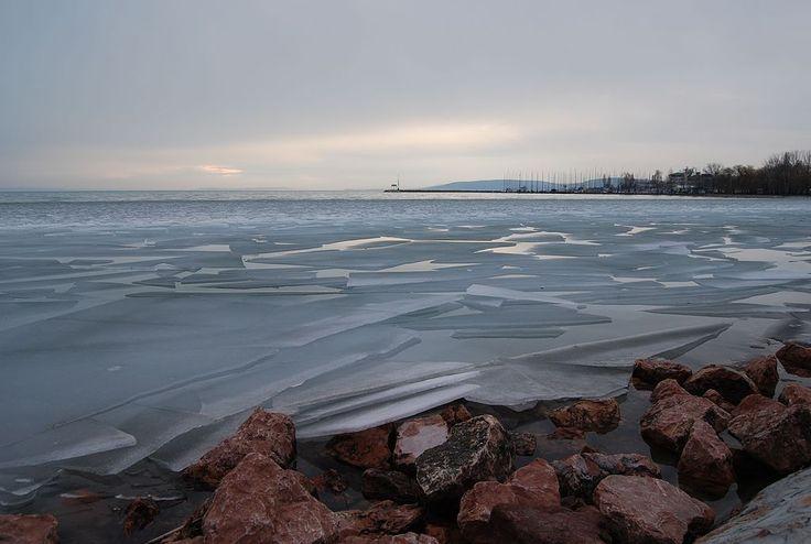 * Lake Balaton * Winter. Hungria.
