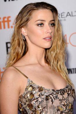 """Amber Heard attends 'The Danish Girl' premiere during the 2015 Toronto International Film Festival (Sept 12). """