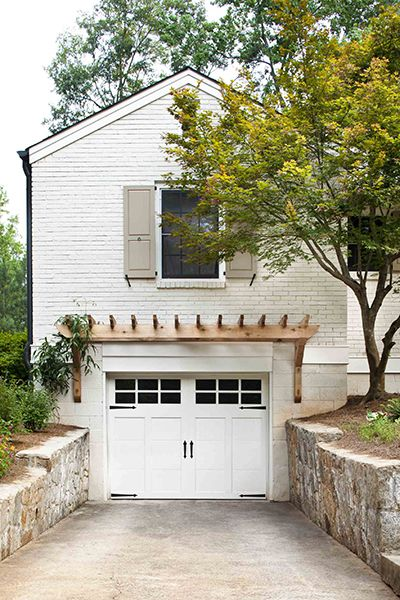 Pergola And Painted Brick, Nice Renovation. I Love That The Garage Is  Underground A Bit, So The Living Area Above It Is Easily Accessible.