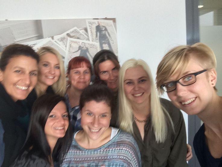 #Selfie: Das Sales-Team von KURIER.at http://kurier.at/services/onlinewerbung/das-sales-team-von-kurier-at/714.246