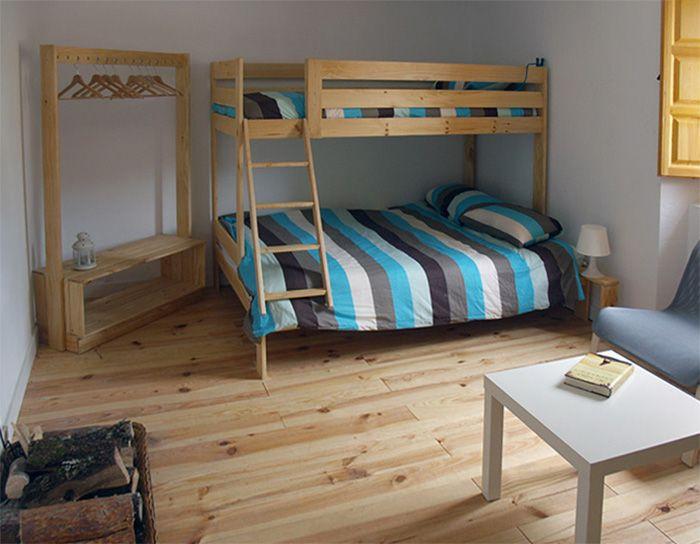 Muebles-LUFE-madera-maciza-anticrisis-albergue-cervinuelo-cuenca-habitacion-5b