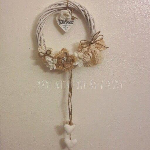 Per le amanti dello stile #Shabby...#ghirlanda di fiori in tessuto  realizzabile su richiesta.