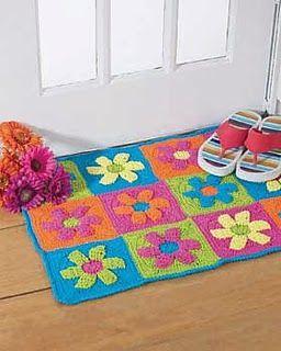 Free Crochet Pattern: Flower Power Rug