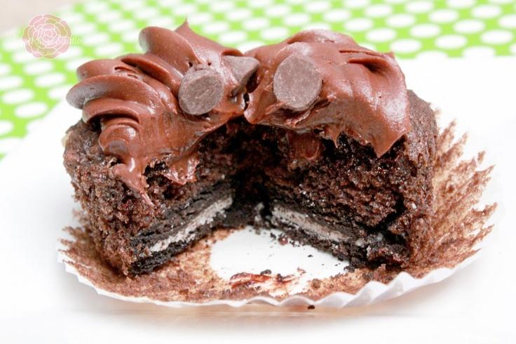 Mint Oreo Chocolate Chip Cupcakes