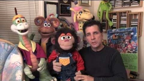 How to Professionally operate puppets