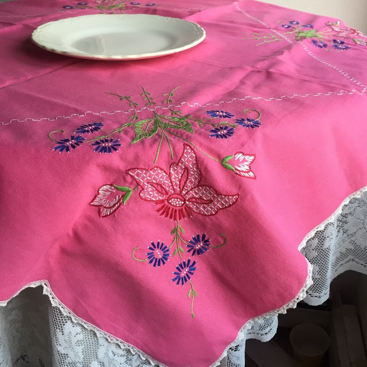 Halloween Sale Hot Pink Tablecloth / Vintage Linen Embroidered Table Cloth  With Tatted Edging
