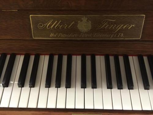 LEASING top Klang! Jugendstil Klavier Finger Eiche hell matt in München - Laim   Musikinstrumente und Zubehör gebraucht kaufen   eBay Kleinanzeigen